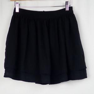 NWT H&M shear multi layered lined Mini Skirt Sz 4